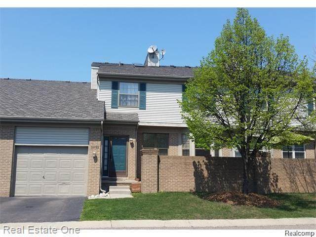 38322 Wynmar, Farmington Hills, MI 48331 (#2200073984) :: Duneske Real Estate Advisors