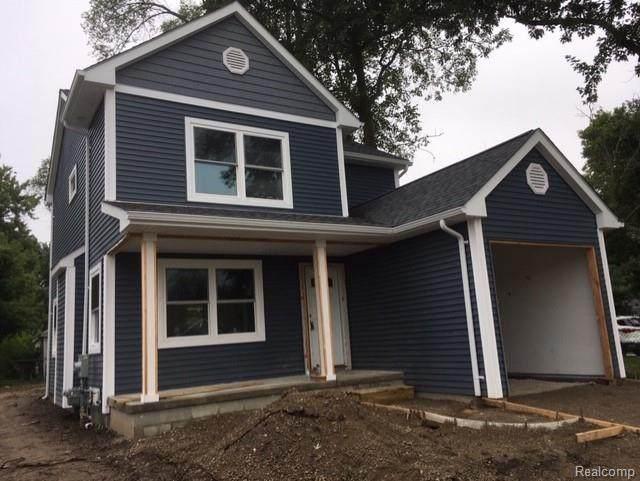 425 W Sonoma, Hazel Park, MI 48030 (#2200074159) :: Novak & Associates