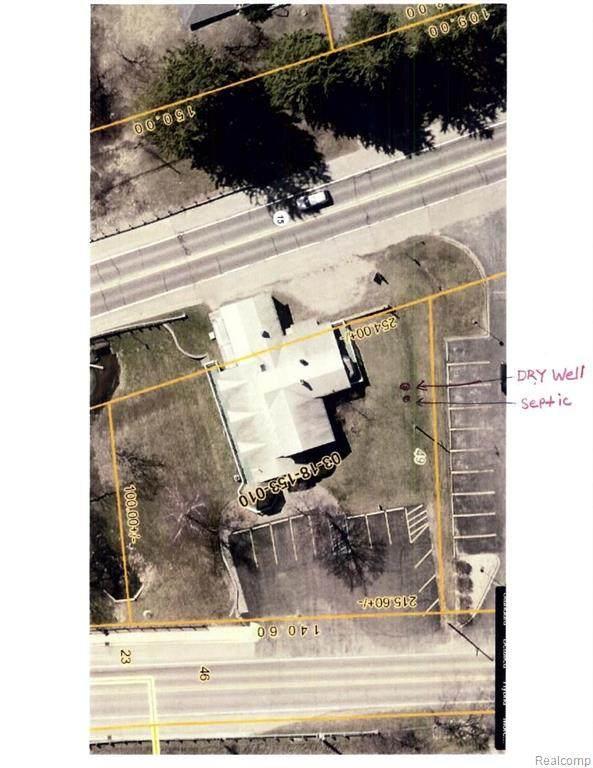 13640 Rattalee Lake Road, Springfield Twp, MI 48350 (#2200075625) :: GK Real Estate Team