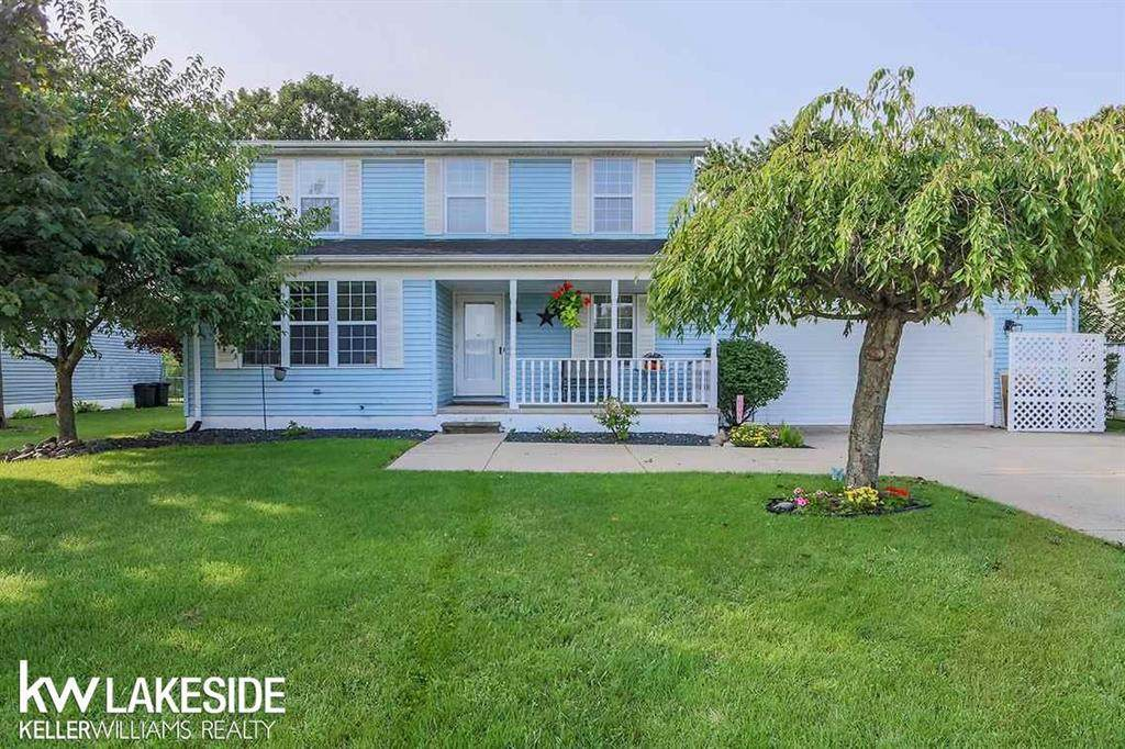23744 Colonial - Photo 1