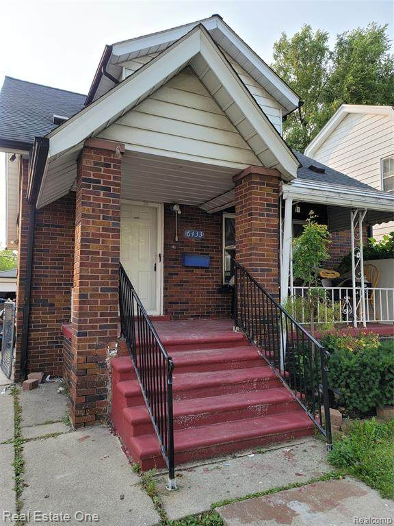6433 Barrie Street, Dearborn, MI 48126 (#2200076434) :: Novak & Associates