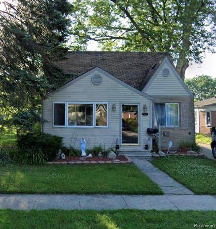 5694 Robindale Avenue, Dearborn Heights, MI 48127 (#2200076597) :: BestMichiganHouses.com