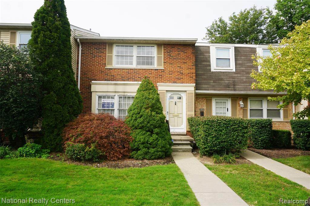 1815 Brentwood Dr - Photo 1
