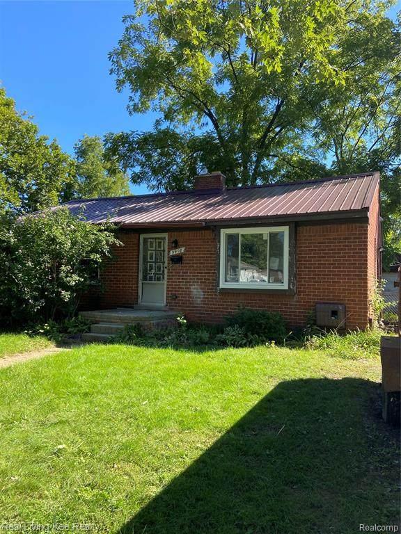 9908 Brookfield Street, Livonia, MI 48150 (#2200077495) :: Novak & Associates