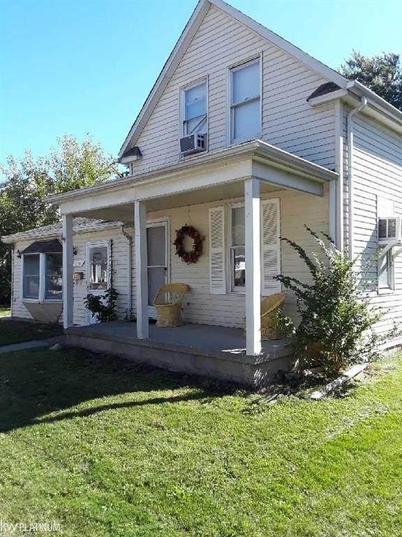 22646 Stephens, Saint Clair Shores, MI 48080 (#58050024213) :: GK Real Estate Team