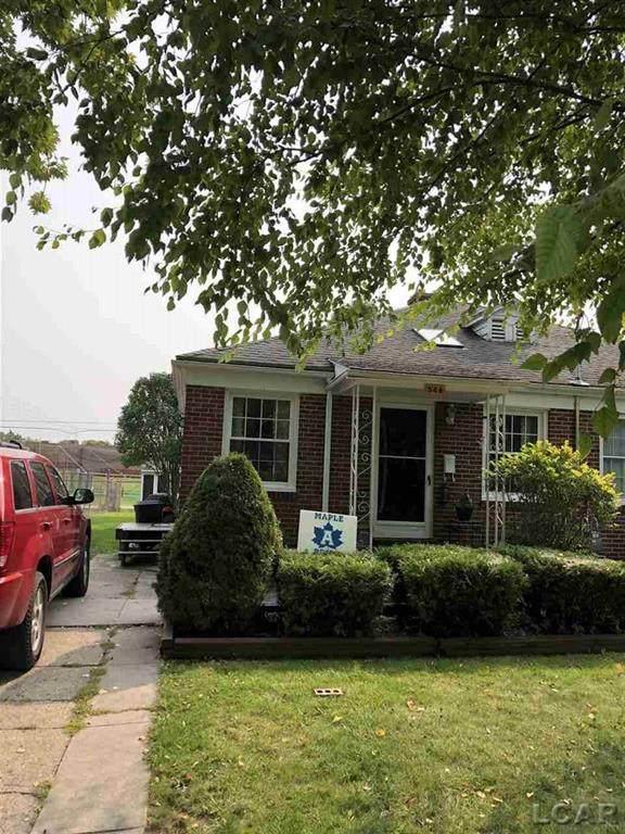 546 Northwestern, Adrian, MI 49221 (#56050024246) :: The Alex Nugent Team | Real Estate One
