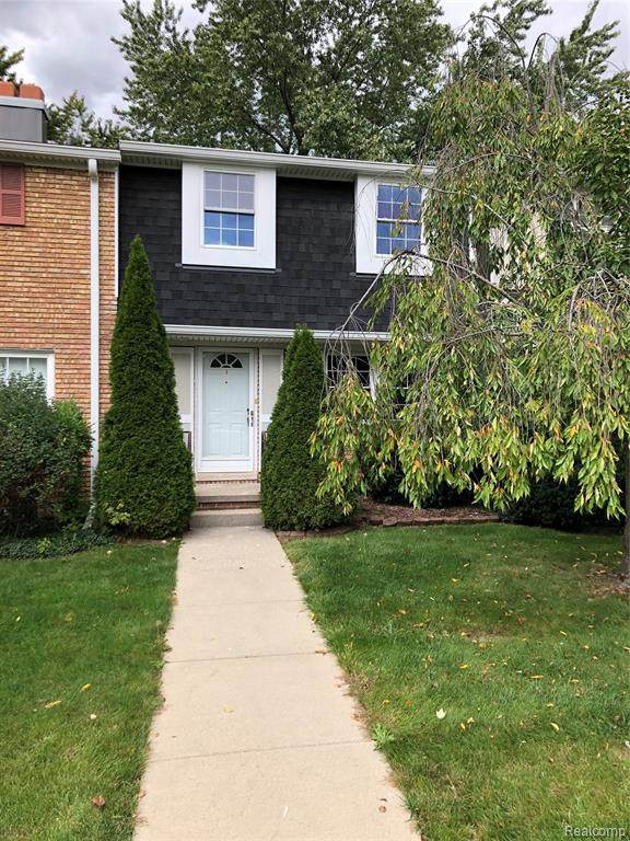 19651 Neptune Court, Northville Twp, MI 48167 (MLS #2200080903) :: The John Wentworth Group