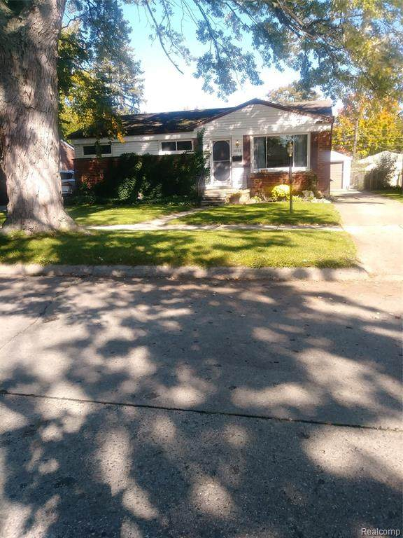 26166 Cathedral, Redford Twp, MI 48239 (#2200082701) :: BestMichiganHouses.com