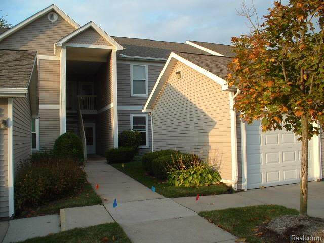 1448 Fox Pointe Circle, Pittsfield Twp, MI 48108 (#2200084635) :: NextHome Showcase