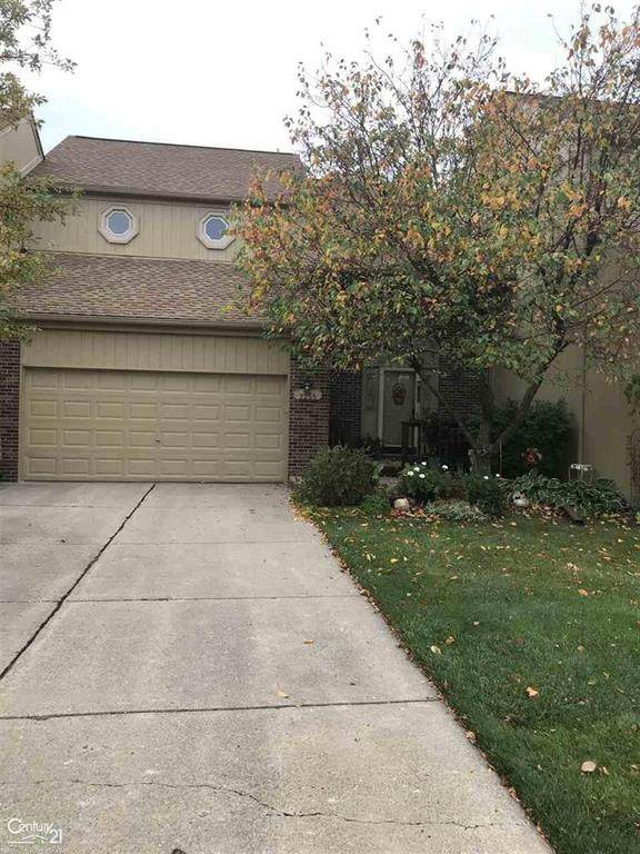 2255 Crystal Dr, Rochester Hills, MI 48039 (#58050026330) :: Alan Brown Group