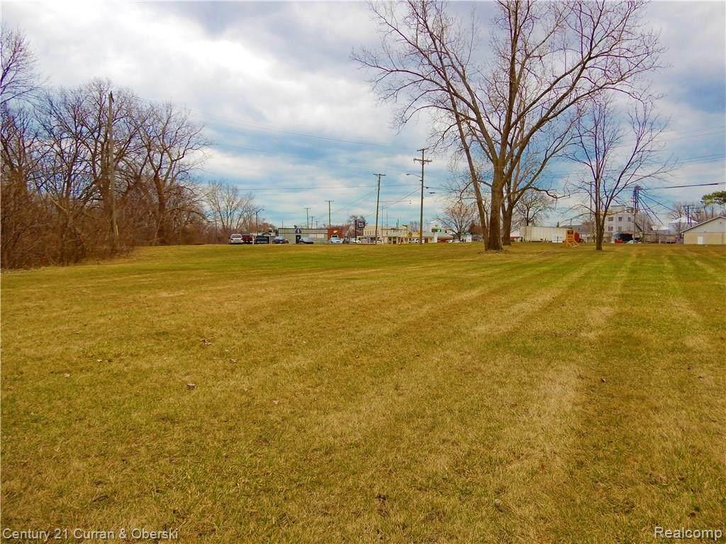 8848 Swan Creek Road - Photo 1