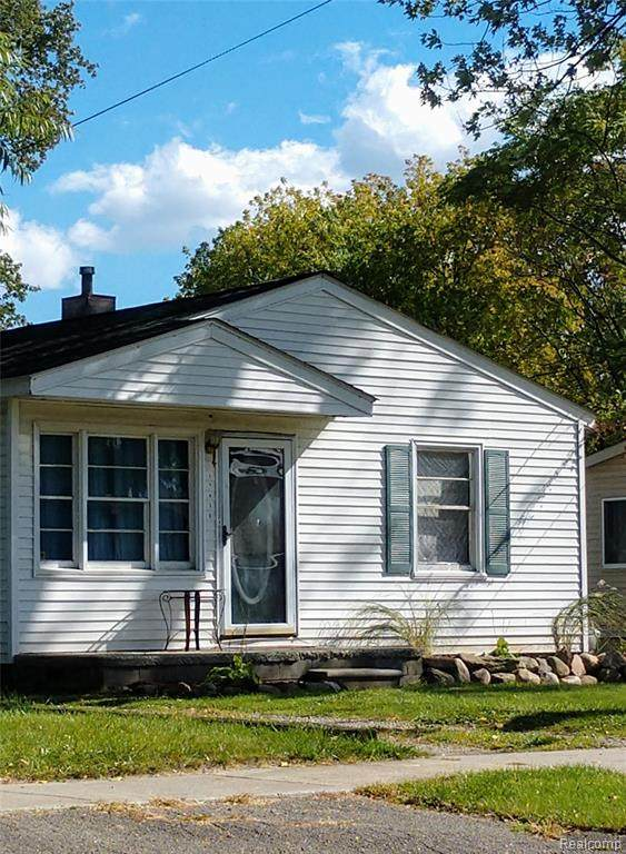 12410 Camden Street, Livonia, MI 48150 (MLS #2200088200) :: The John Wentworth Group