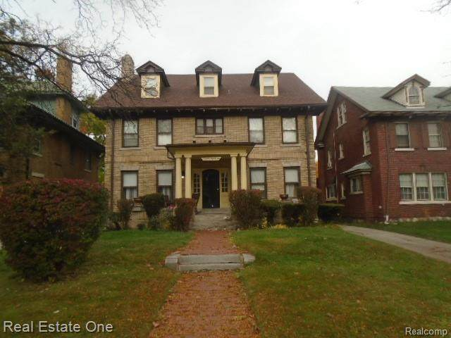 1986 W Boston Boulevard, Detroit, MI 48206 (#2200089776) :: Alan Brown Group