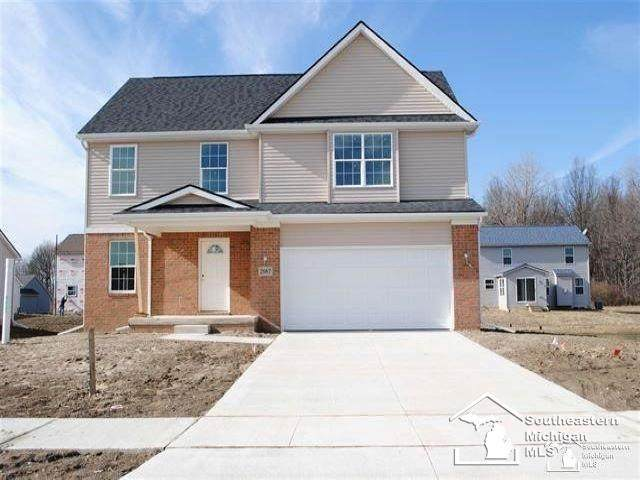 2027 Monohan Dr, Frenchtown Twp, MI 48162 (#57050028062) :: The Merrie Johnson Team