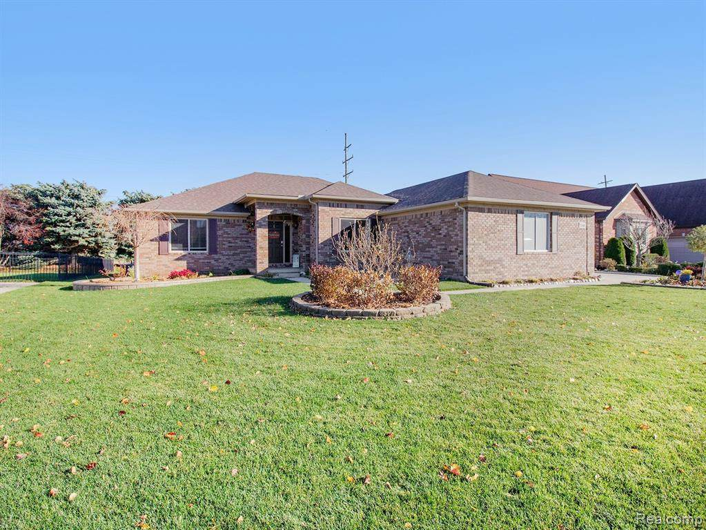 52440 Indian Summer Drive - Photo 1
