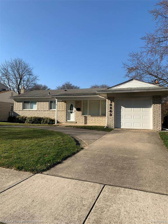 14263 Fairway Street, Livonia, MI 48154 (#2200094009) :: Duneske Real Estate Advisors