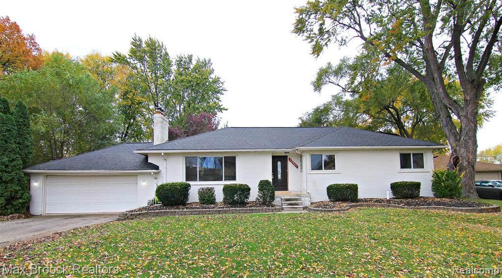 42265 Bobjean Street - Photo 1