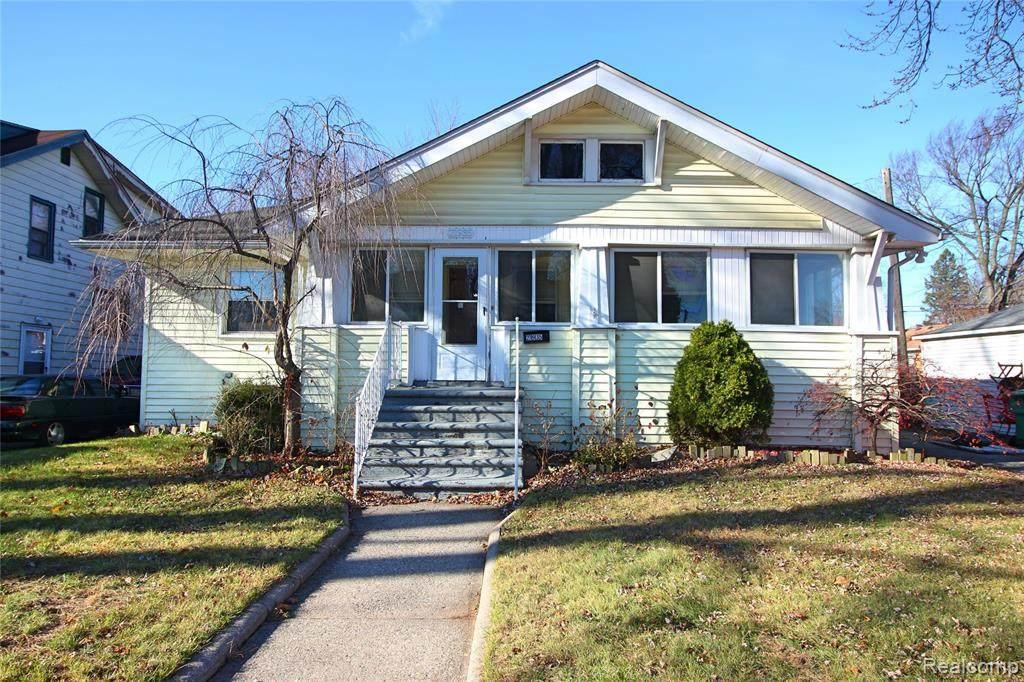 21935 Linwood Avenue - Photo 1