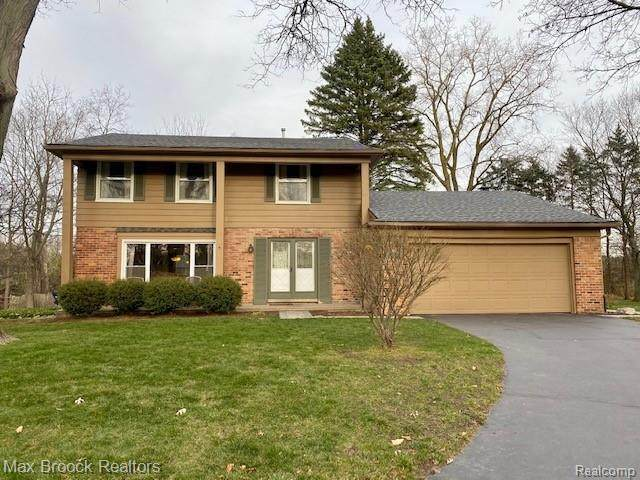 2793 Brady Lane, Bloomfield Twp, MI 48304 (#2200095398) :: The Mulvihill Group