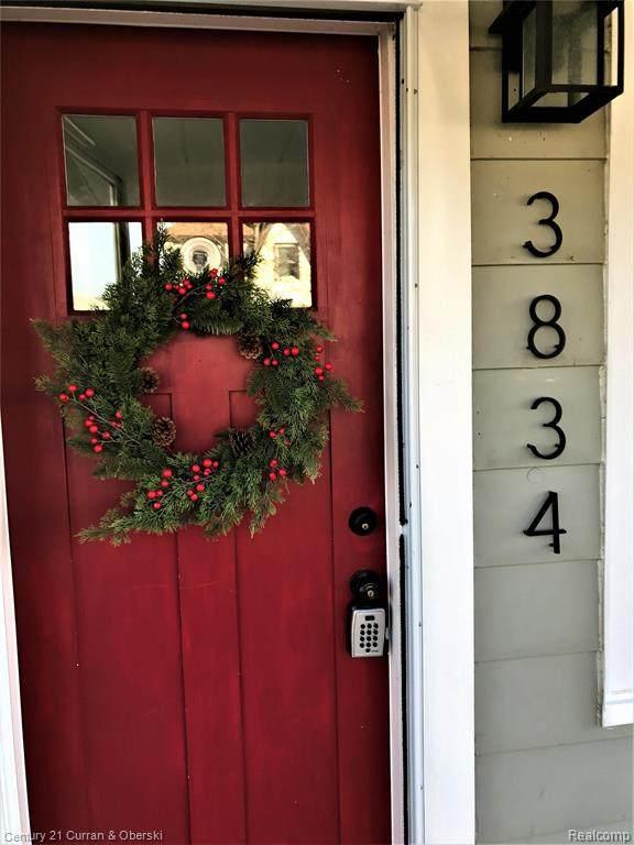 3834 Gardner Ave, Berkley, MI 48072 (#2200095922) :: Robert E Smith Realty