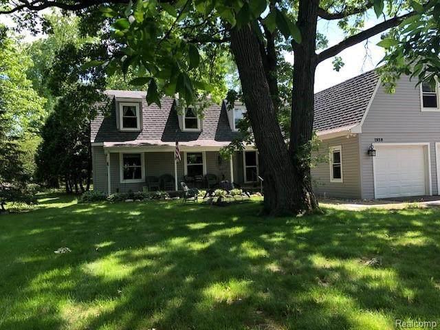 1859 Alsdorf Avenue, Rochester Hills, MI 48309 (#2200096020) :: The Alex Nugent Team | Real Estate One