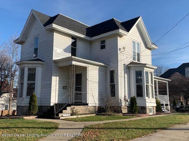 301 E Walker Street, ST. JOHNS, MI 48879 (#630000251624) :: The Merrie Johnson Team