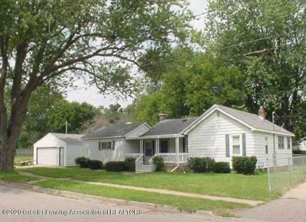203 Elm Street, Grand Ledge, MI 48837 (#630000251703) :: The Merrie Johnson Team