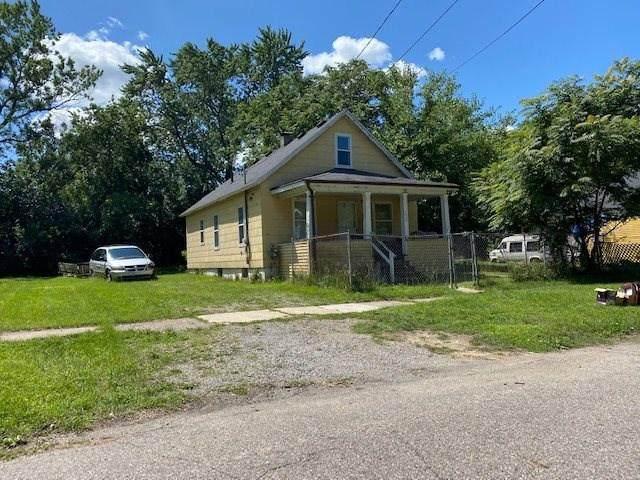 1430 Belle, Flint, MI 48506 (MLS #5050029902) :: The John Wentworth Group