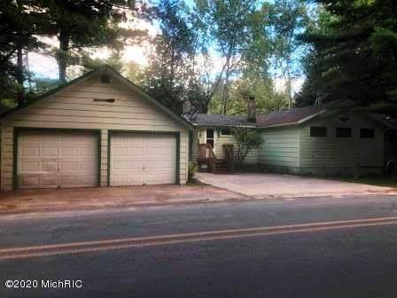 8166 N Granger Road, Elk Twp, MI 49644 (#67020039222) :: The BK Agency