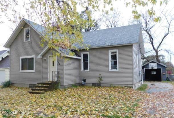 276 Third Street, East Lake Vlg, MI 49626 (#67020048402) :: GK Real Estate Team