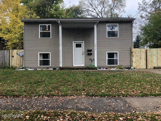5032 Delray Drive, Lansing, MI 48910 (#71020045073) :: The Alex Nugent Team   Real Estate One