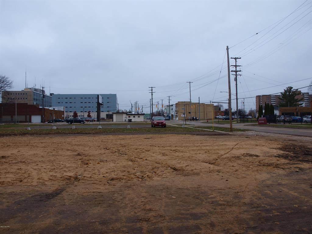 90 Hartford Street - Photo 1