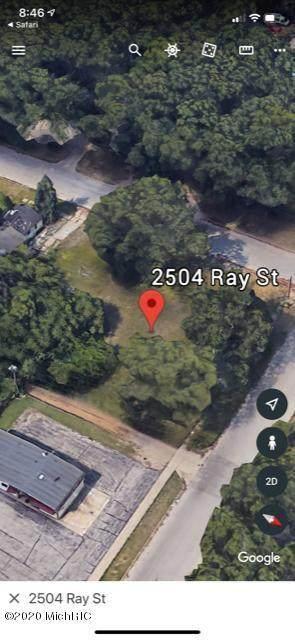2504 Ray Street - Photo 1