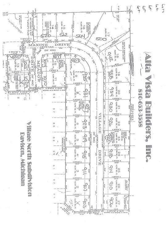 923 Village, Davison, MI 48423 (#5050031309) :: The Merrie Johnson Team