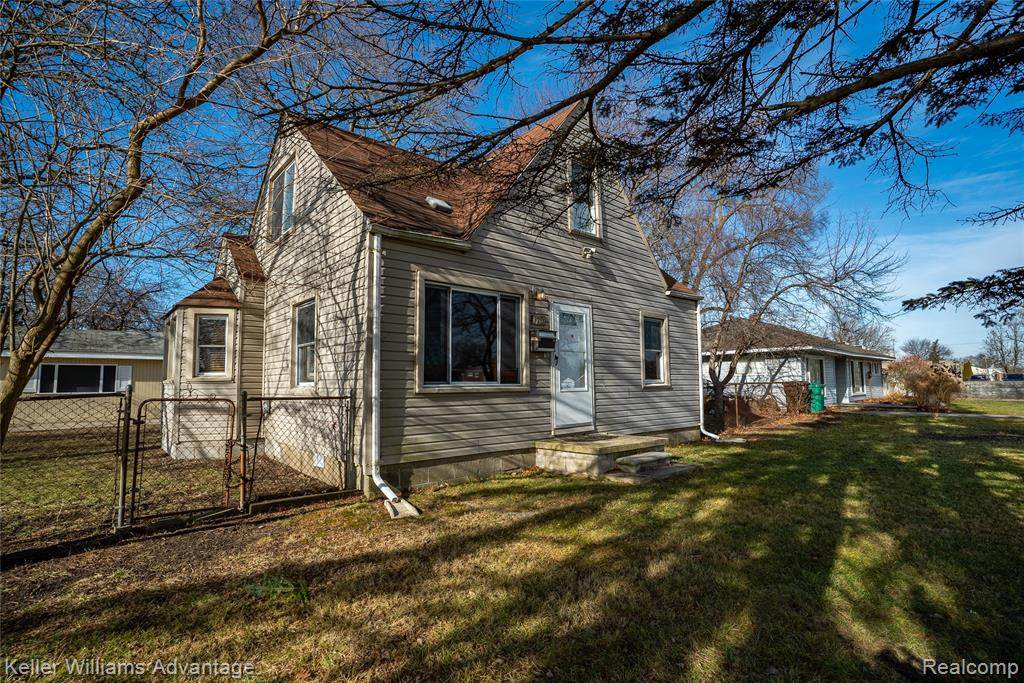1707 Inkster Road - Photo 1