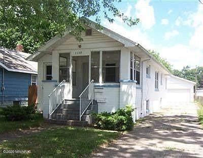 1138 E Dale Avenue, Muskegon, MI 49442 (#65020050148) :: The Alex Nugent Team | Real Estate One