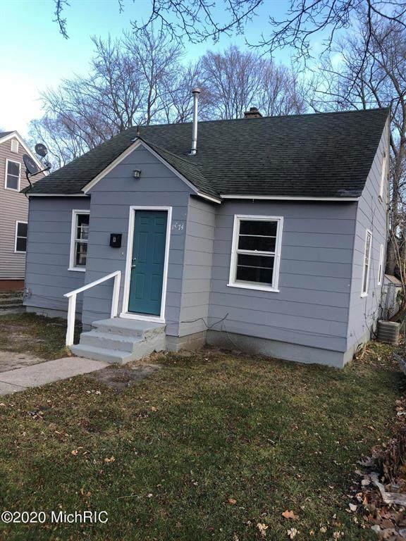 1974 Kinsey Street, Muskegon, MI 49441 (#65020050397) :: The Alex Nugent Team | Real Estate One