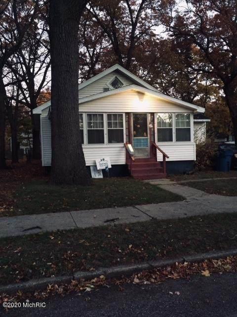 3132 Sanford Street, Muskegon Heights, MI 49444 (#65020046337) :: Keller Williams West Bloomfield