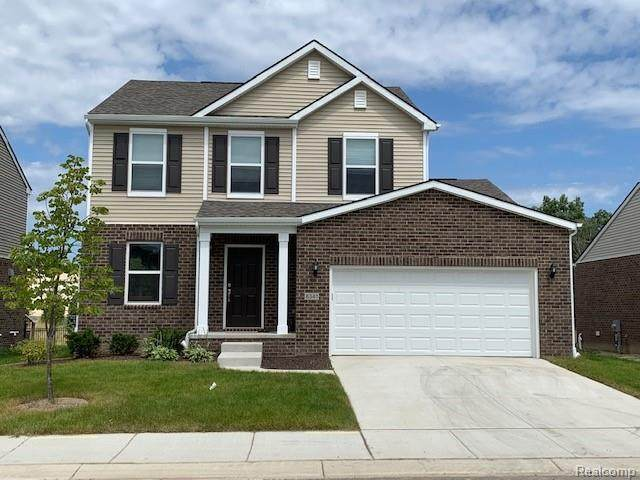 51333 Kirby Drive, Chesterfield Twp, MI 48047 (#2210000441) :: The Alex Nugent Team | Real Estate One