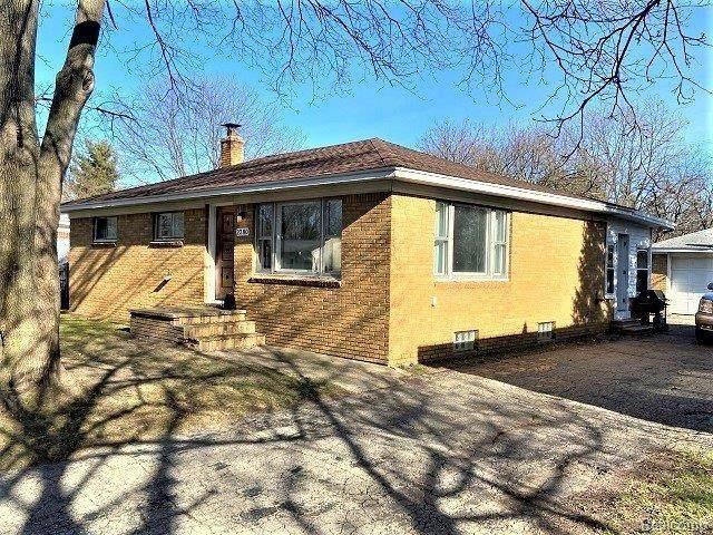 2280 Georgeland Drive, Waterford Twp, MI 48329 (#2210001126) :: GK Real Estate Team
