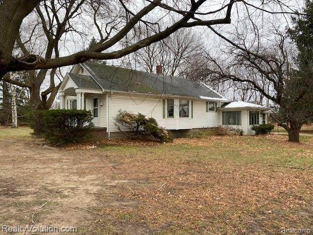 7327 Dryden Road, Almont Twp, MI 48003 (#2210001957) :: The Alex Nugent Team | Real Estate One