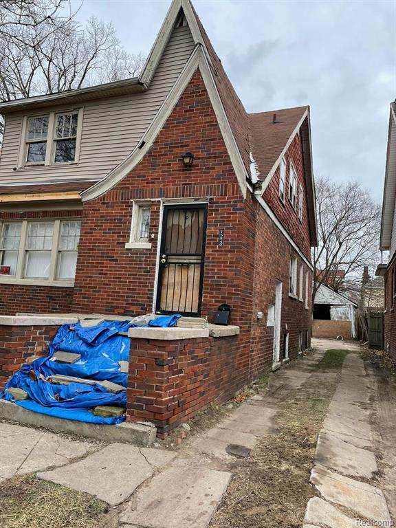15838 Indiana, Detroit, MI 48238 (#2210004023) :: The Merrie Johnson Team