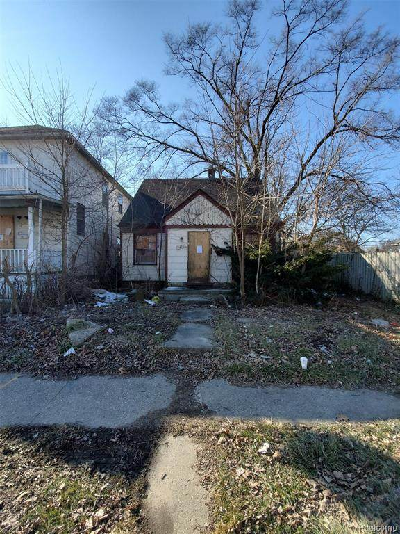 14383 Hubbell Street, Detroit, MI 48227 (#2210004142) :: The Merrie Johnson Team
