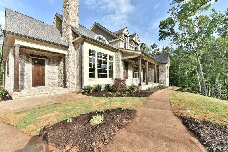 4127 Carriage Hill Drive - Photo 1