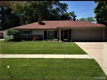 25476 Clairview Street, Dearborn Heights, MI 48127 (MLS #2210006232) :: The John Wentworth Group