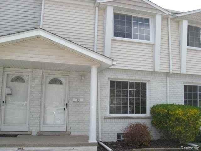 67976 Van Dyke Unit 10 #10, Washington Twp, MI 48095 (#2210006480) :: The Alex Nugent Team | Real Estate One