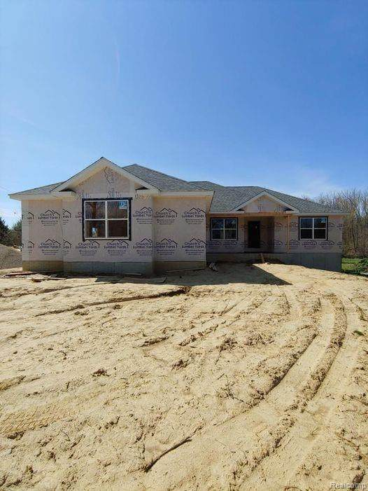 Parcel 2C Laken, Imlay Twp, MI 48444 (#2210008108) :: The Mulvihill Group