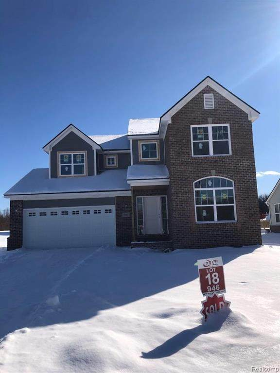 957 Preserve Lane, White Lake Twp, MI 48386 (#2210009149) :: The Mulvihill Group