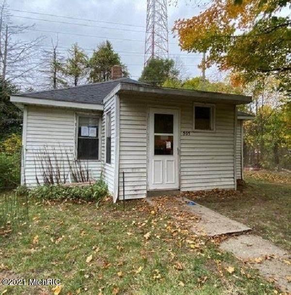 505 Moravia Street, Buchanan, MI 49107 (#65021004153) :: The Alex Nugent Team   Real Estate One