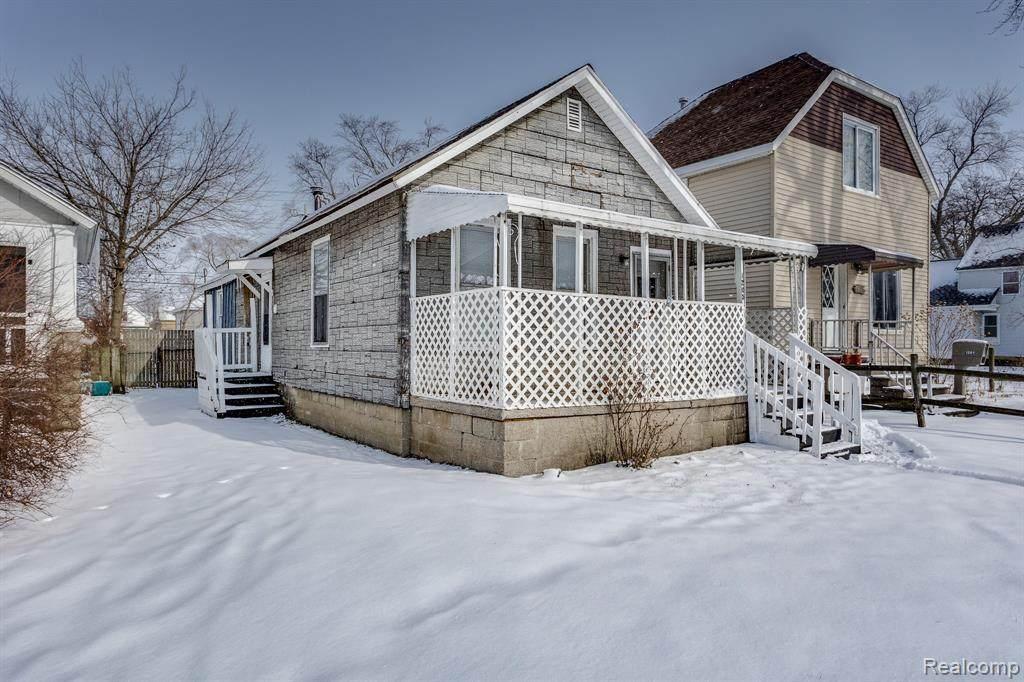 1205 Howard St. - Photo 1